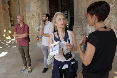 """Conservadora del museu """"The Cloisters"""" visita la Seu Vella"""
