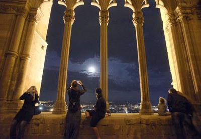 Imatge de la notícia Nits de Lluna Plena al Claustre