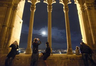 Noches de Luna Llena en el Claustro_teatro poético